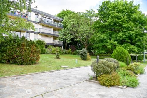Résidence Les Platanes : Apartment near Croissy-sur-Seine