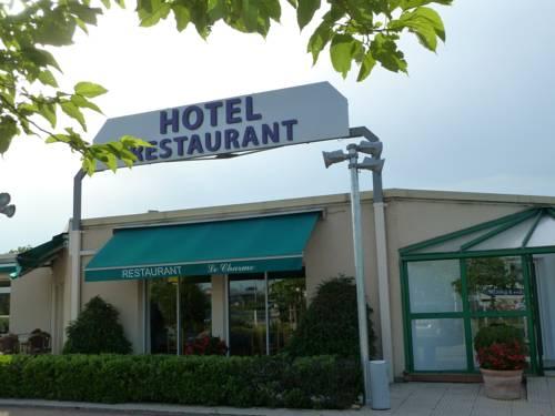 Charme Hotel en Beaujolais : Hotel near Montceaux