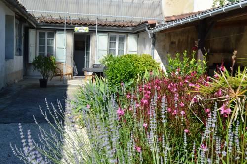 le val d'oré : Guest accommodation near Andiran