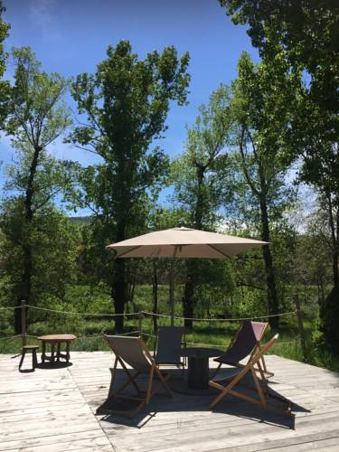 Camping Pierrageai : Guest accommodation near Arlebosc