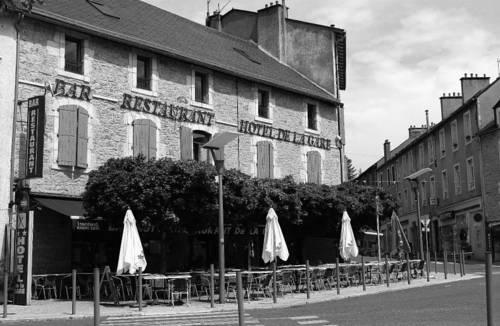 Hotel de la Gare : Hotel near Sévérac-le-Château