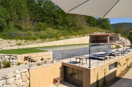 Mas Ste Hélène : Guest accommodation near Montjustin