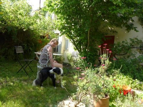 Gite Les maisons : Guest accommodation near Armes