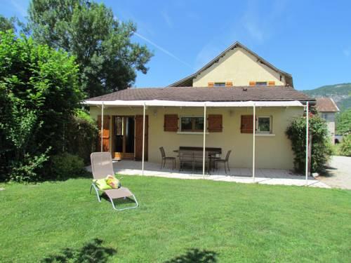 Gîte De Séjour Les Sables : Guest accommodation near Murs-et-Gélignieux