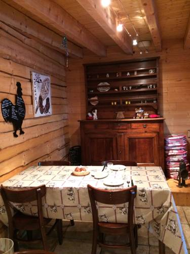 La Grange De L'Errance : Bed and Breakfast near Plagne