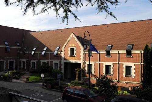 Citotel - Hotel Le Cèdre : Hotel near Bourguignon-sous-Coucy