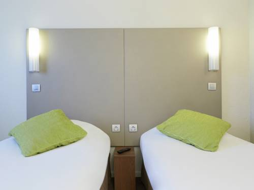 Campanile Cergy Saint-Christophe : Hotel near Sagy