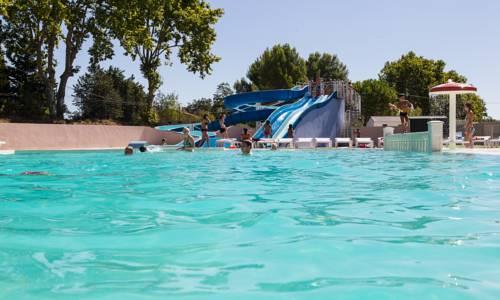 Camping Le Mas de l'Isle : Guest accommodation near Lunel
