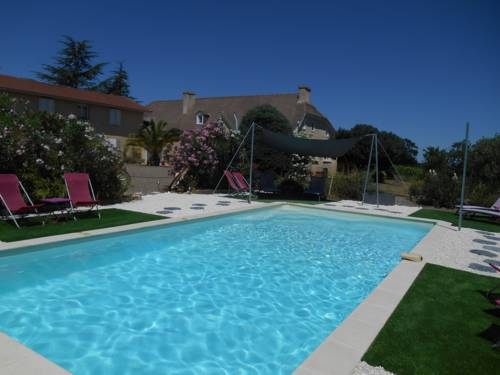 Le Pressoir : Bed and Breakfast near Aurensan