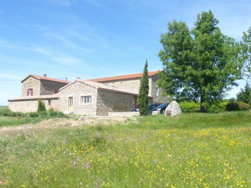 Le Jardin des Etoiles : Guest accommodation near Lemps
