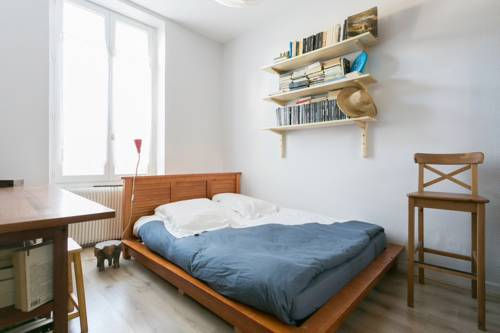 Appartement calme Courbevoie - Ana : Apartment near La Garenne-Colombes