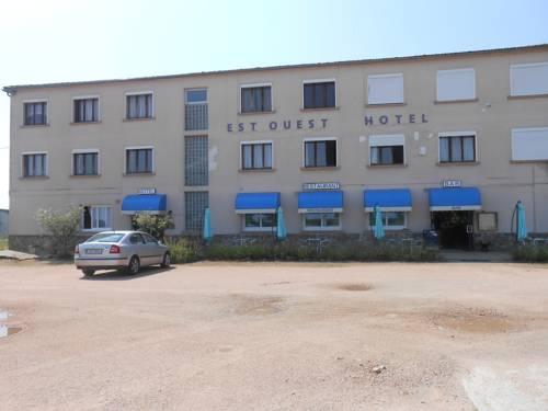 Est-Ouest : Hotel near Montvicq