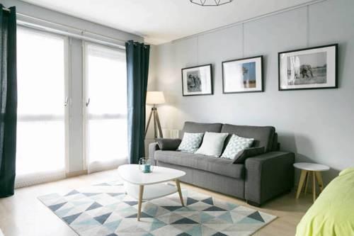 Welkeys Apartment Annemasse Gare : Apartment near Reignier-Esery