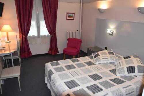Logis Au Terminus : Hotel near Saint-Laurent-la-Roche
