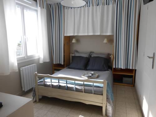 Chez Marie-Jeanne et Jose : Apartment near Maricourt