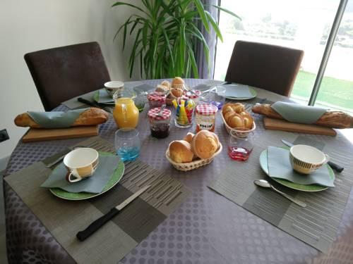 Le Mazet : Bed and Breakfast near Lodève