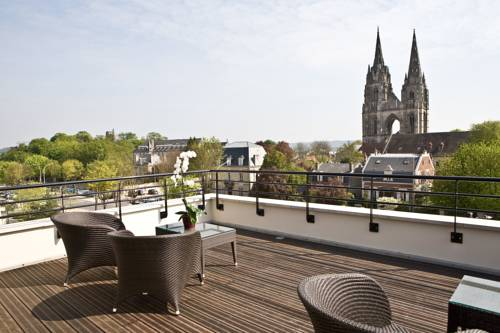 Best Western Plus Hôtel des Francs : Hotel near Villeneuve-Saint-Germain