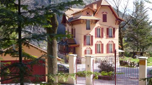 Villa Les Cedres : Bed and Breakfast near Venanson