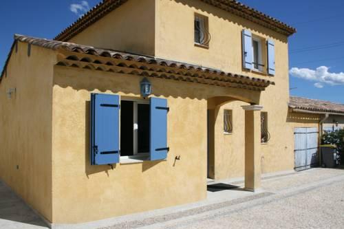 Villa le Pas du Pommier : Guest accommodation near Colomars