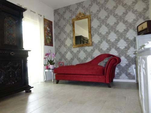 A La Belle Epoque : Bed and Breakfast near Marie