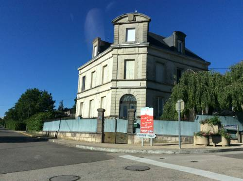 Appartement Saint-Amour : Apartment near Domsure