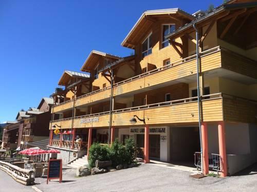 Résidence Central Park la Belle Montagne : Guest accommodation near Prads-Haute-Bléone