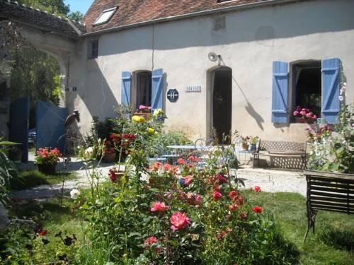 Chambres d'Hôtes des Grands Prés : Bed and Breakfast near Almenêches