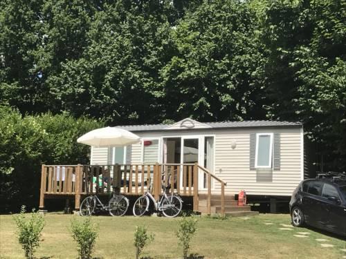 Camping Du Perche Bellemois : Guest accommodation near Appenai-sous-Bellême