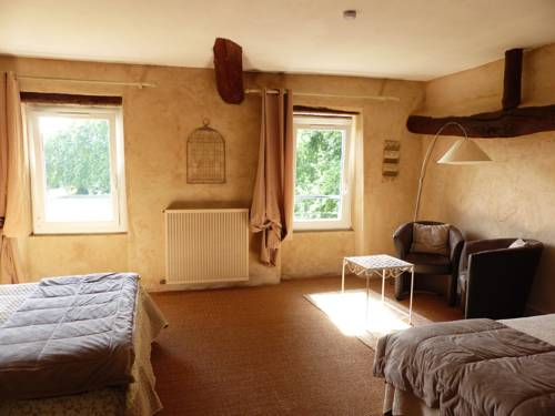 Auberge de Reillanne : Guest accommodation near Montfuron