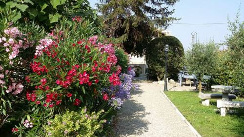 Bastide Marie Antoinette : Guest accommodation near La Colle-sur-Loup