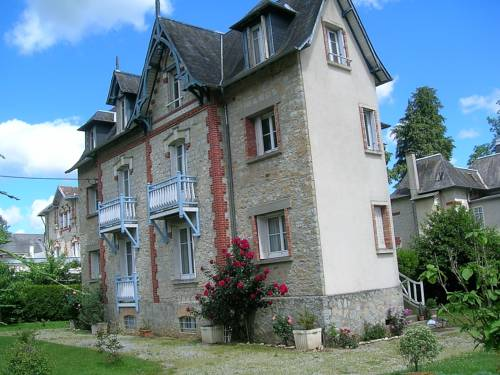 Villa Odette : Bed and Breakfast near Antoigny