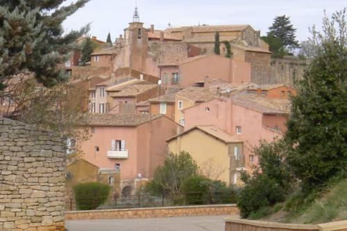 meublé agréable : Apartment near Châteauneuf-Val-Saint-Donat