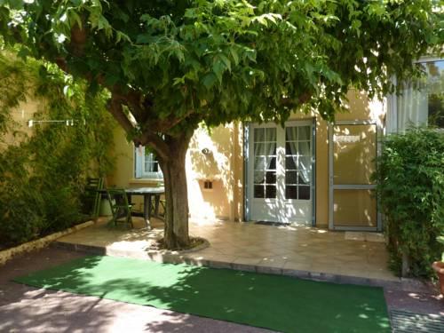 Hotel Restaurant Le Castel Sanary