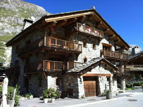hotel val d 39 isere hotels near val d 39 is re 73150 france. Black Bedroom Furniture Sets. Home Design Ideas