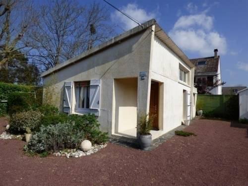 House Saint pair sur mer, maison de plain pied dans un endroit calme : Guest accommodation near Saint-Pair-sur-Mer