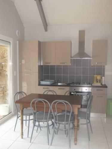Gite calme : Guest accommodation near Lescouët-Gouarec