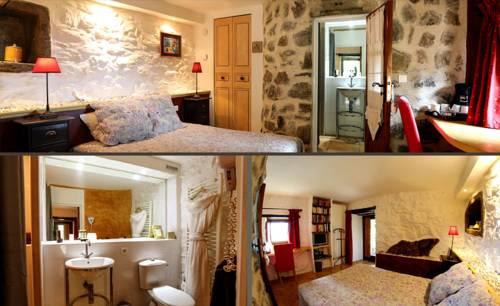 Le Hameau de la Mûre : Guest accommodation near Saint-Laurent-du-Pape