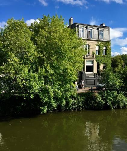 Les Toquées Maison d'hôtes : Guest accommodation near Lille