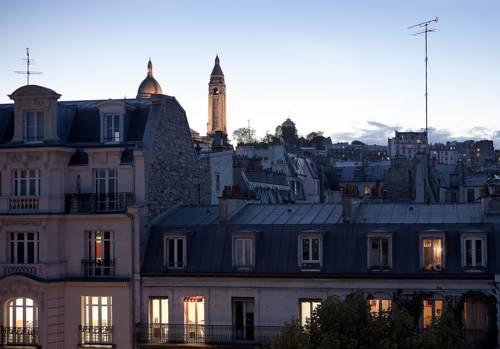 Hotel Montmartre Clignancourt Parigi
