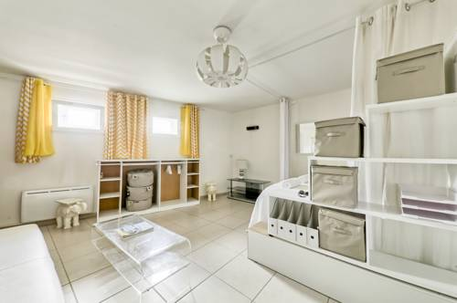 Marechal Avenue : Apartment near Thorigny-sur-Marne