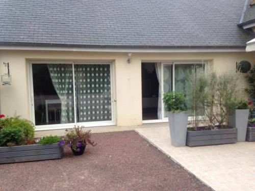 Les Charmilles : Bed and Breakfast near Saint-Vaast-la-Hougue