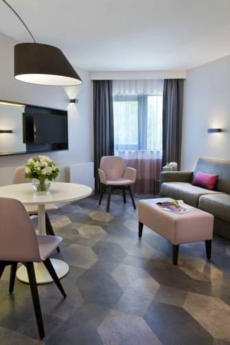 Citadines Trocadéro Paris : Guest accommodation near Paris 16e Arrondissement