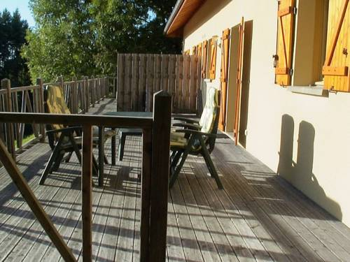 Maisons de Vacance - Auvergne 3 : Guest accommodation near La Guillermie