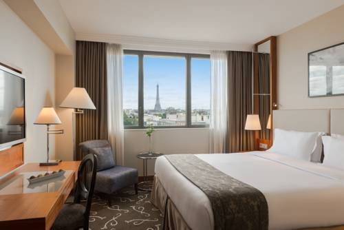 Crowne Plaza Paris - Neuilly : Hotel near Levallois-Perret