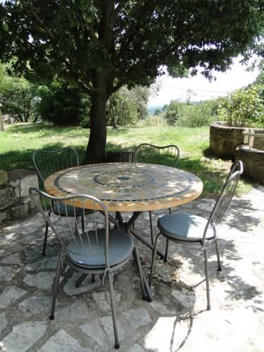 Mas De Sarjac : Apartment near Saint-Julien-du-Serre