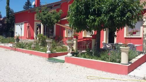 La Villa Rouge : Guest accommodation near Saint-Sylvestre