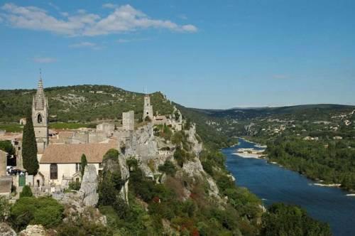 La fontaine : Apartment near Saint-Martin-d'Ardèche