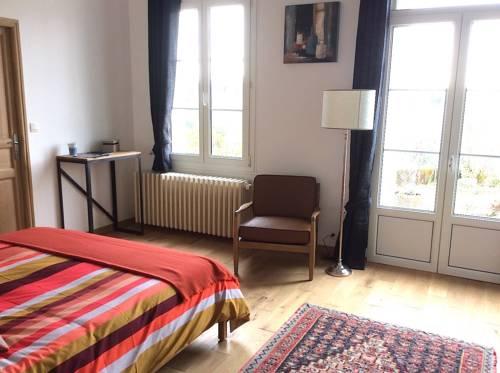 Le Clos Des Volets Verts : Guest accommodation near Vernou-sur-Brenne