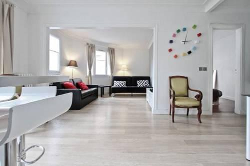 Charming Bright Flat : Apartment near Paris 20e Arrondissement