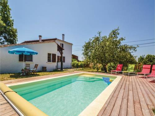 Holiday Home Loubes Bernac with Fireplace I : Guest accommodation near Auriac-sur-Dropt